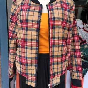Full sleeve Zipper front opening outer for women